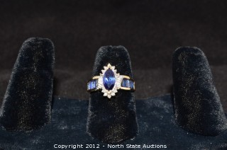 Cocktail Ring Gold Diamond Saphire