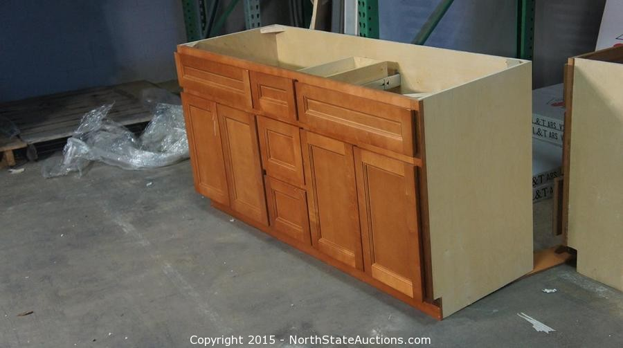 North state auctions auction chico kitchen and bath for Bathroom cabinets liquidators
