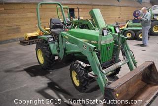 John Deere Tractor 955