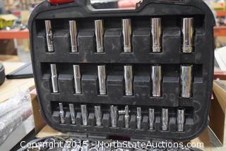 "Husky 111-Piece 1/4"" and 3/8"" Mechanics Tool Set"