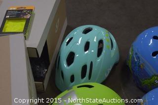 2 Adult, 5 Child's Bicycle Riding Helmets