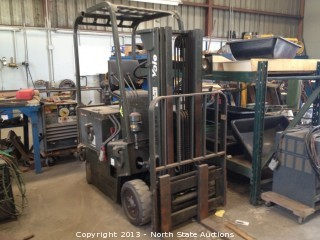 Yale ERC025 2000lb Three Stage Electric Forklift