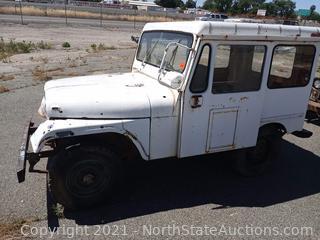 1969 Kaiser Dispatcher Jeep DJ-5A