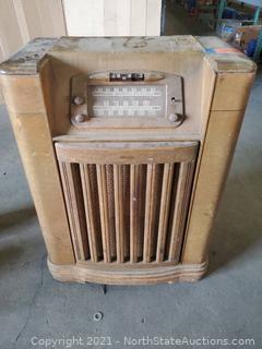 Antique Philco Radio/Record Player