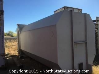 Commercial Trash Compactor, 30 Yard. Self Contained Hydraulic tail unit