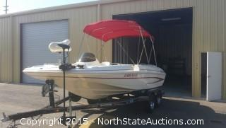 2004 Glastron Deck Boat: DX 205 20 & Trailer