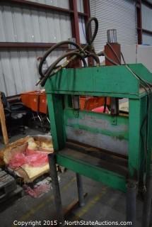 Hydraulic Press Metal Cutter