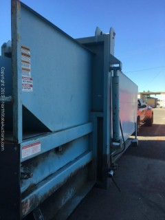 Self Contained Hydraulic Trash Compactor.  WasteQuip 25 Yard