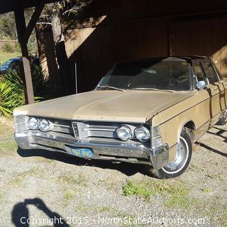 1966 Chrysler New Yorker