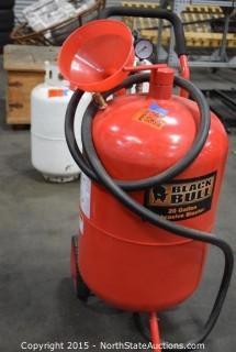 Black Bull 20-Gallon Abrasive Blaster