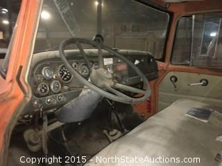 International 1600 4X4 flatbed truck 1968