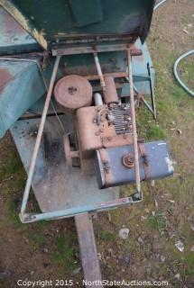 W.W. Grinder Inc. Heavy Duty Wood Chipper