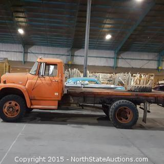 International Harvested Loadstar 1600 Flatbed Truck