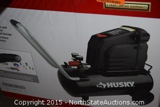 Husky 8-Gallon Air Compressor