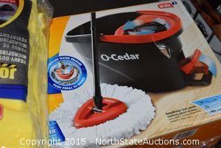 2 'O' Cedar EasyWring Spin Mop & Bucket System, Microfiber Cloths