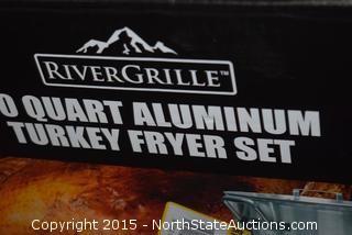 RiverGrille 30-Quart Aluminum Turkey Fryer Set