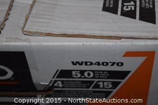 Ridgid 4-Gallon Portable Wet and Dry Vac, Stinger 2.5-Gallon Wet and Dry Vac