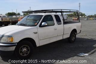 1999 Ford F250 3-Door Pickup