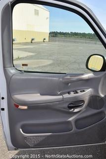 1999 Ford F250 3-Door Pickup
