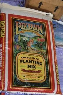 Bcuzz Coco , Fox Farm fertilizer
