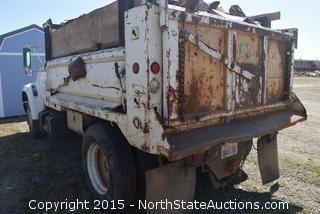 1995 Ford Dump Truck