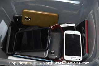 Mixed Lot of Phones