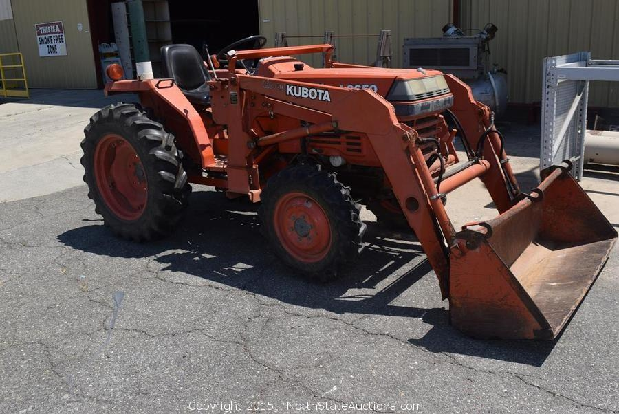 Kubota L2650 4WD Tractor with Front Loader, Bankruptcy Auction Sale