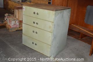 Storage Cabinet/Dressor