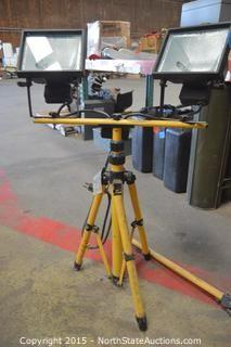 2 Standing Work Lights