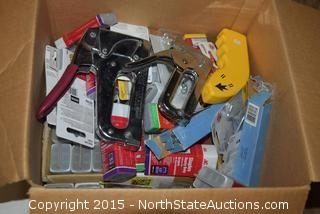 Mixed Lot of Heavy Duty Staples And Stapler