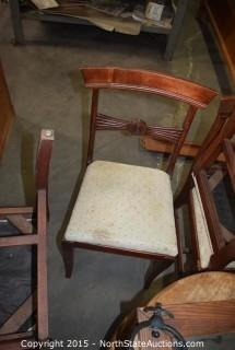 Mixed Lot of Furniture