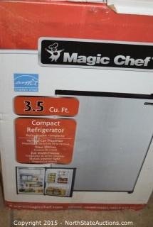 Magic Chef Mini Refrigerator
