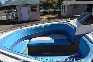1993 Seaswirl Boat