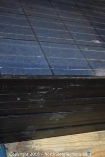Lot of HYUNDAI Solar Panels