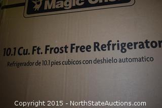 Magic Chef 10.1 Cu ft Frost Free Refrigerator