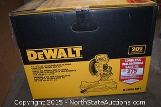 "DeWalt 7-1/4"" Cordless Sliding Compound Miter Saw Kit"