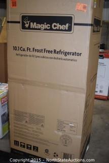 Magic Chef Small Standing Freezer