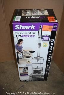 Shark Navigator Lift-Away DLX
