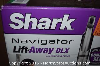 Shark Navigator Lift-Away DLX