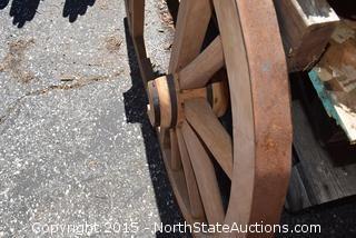Wagon Wheel Table Top/Chandelier