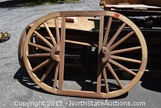 Wagon Wheel Table Top/Chandelier