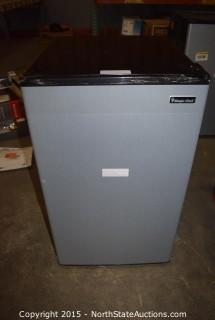 Magic Chef Compact Refrigerator