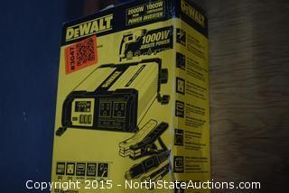 DeWalt 1000-Watt Power Inverter