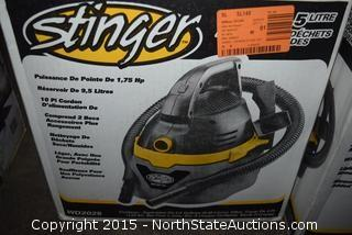 Stinger 2.5-Gallon Wet and Dry Vac and a Bucket Head
