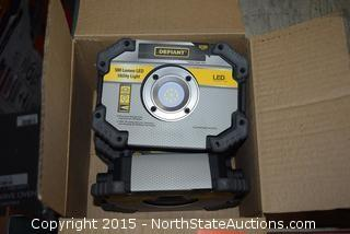 Lot of Defiant 500 Lumen Utility Lights