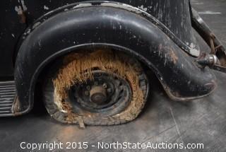 "1935 Lincoln, Sedan 5 passenger, 3 window, 544   ""Carol"""