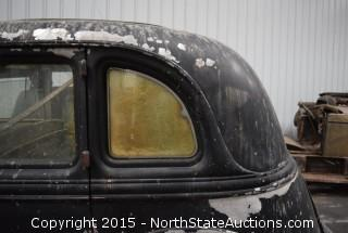 "1935 Lincoln, Sedan 5 passenger, 3 window, 544   ""Carol"""