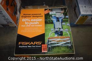 Fiskars Stay Sharp Max Reel Mower