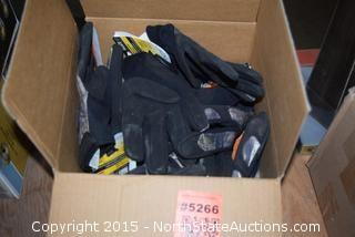 Lot of  Klein Tools Journeyman Gloves