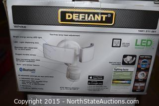Lot of Defiant Motion Security Light